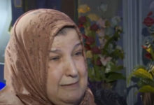 Photo of والدة حمو بيكا تنهار باكية وتوجه رسالة إلى هاني شاكر